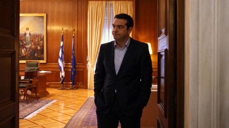 ston-aera-i-sumfwnia-politiki-lusi-psaxnei-o-tsipras