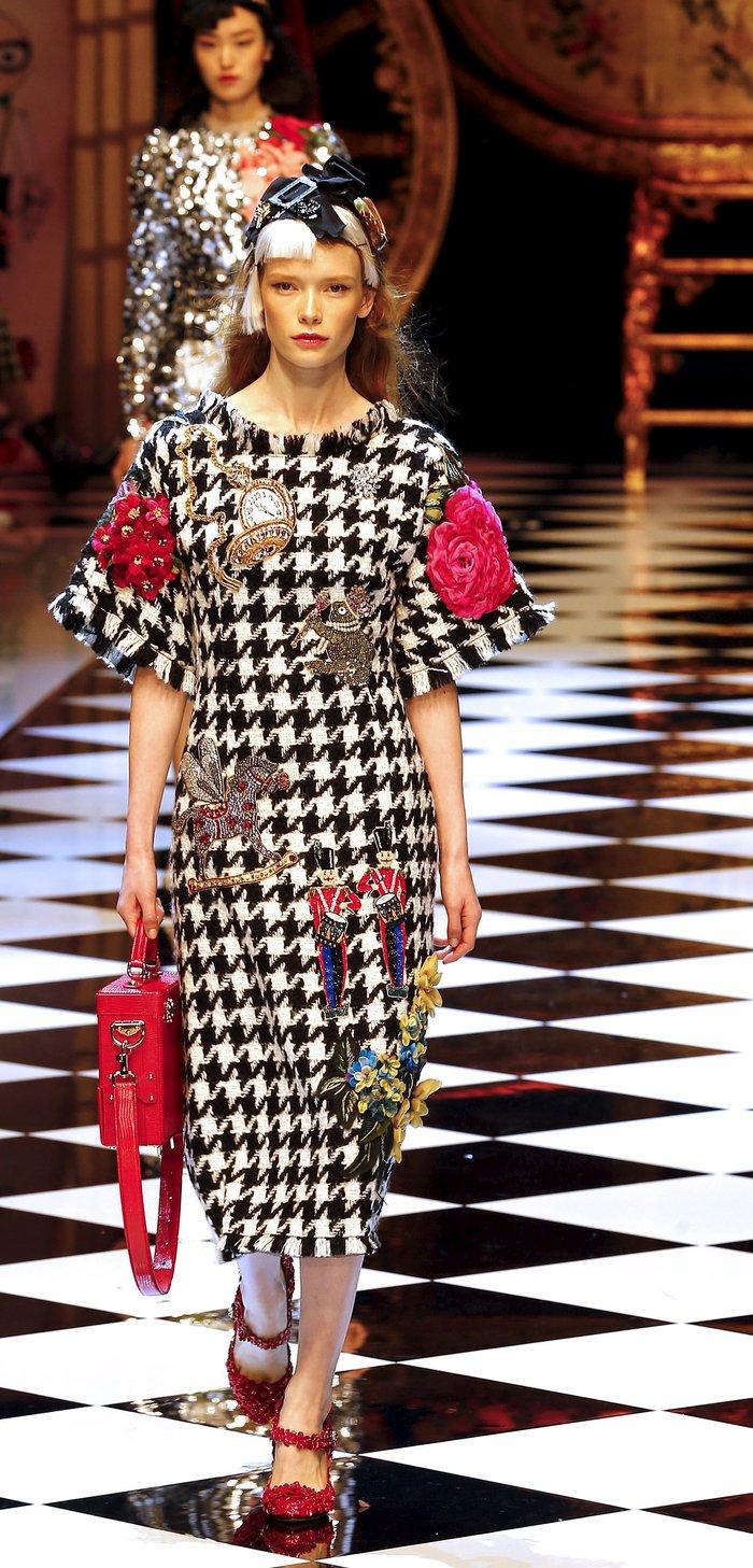 Εικόνες από τo εκπληκτικό σόου των Dolce & Gabbana στο Μιλάνο - εικόνα 6