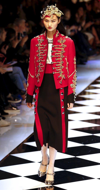 Εικόνες από τo εκπληκτικό σόου των Dolce & Gabbana στο Μιλάνο - εικόνα 10