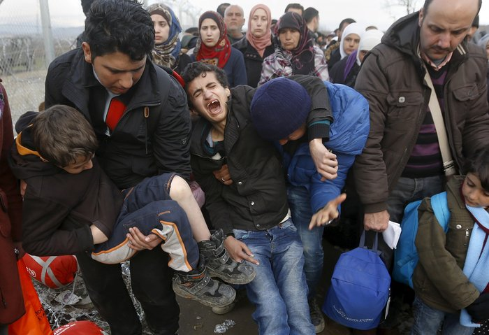 Χάος με τους πρόσφυγες, κατάσταση έκτακτης ανάγκης