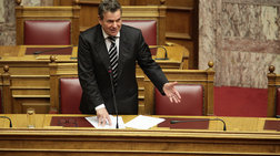 Ο υπουργός εργασίας επιβεβαιώνει στη Βουλή το κούρεμα κύριων συντάξεων