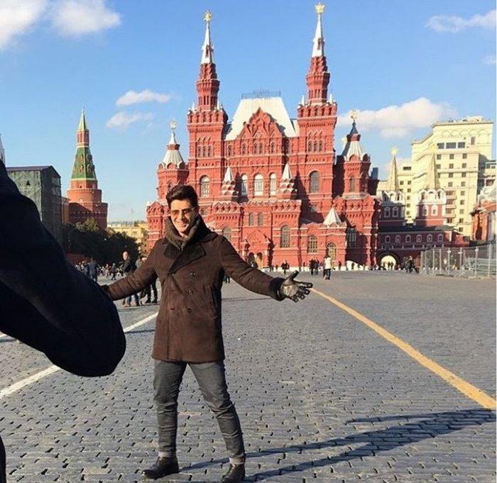 Πανικός για μια selfie με τον Ρουβά στη Μόσχα - Δείτε πού μένει