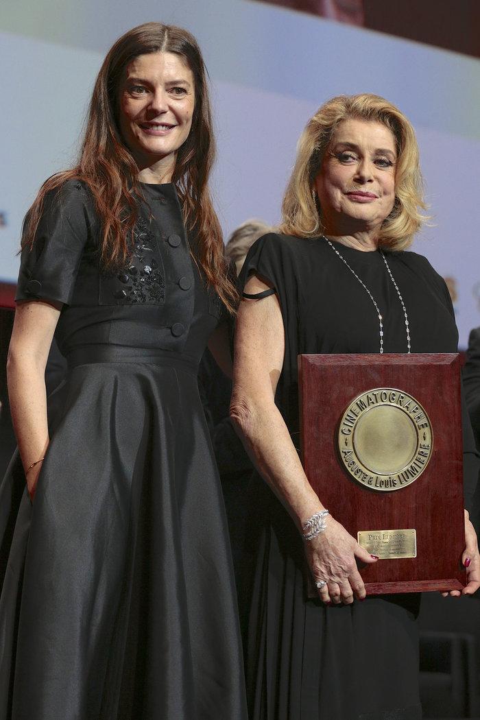 Κιάρα Μαστρογιάννι - Κατρίν Ντενέβ - Splash