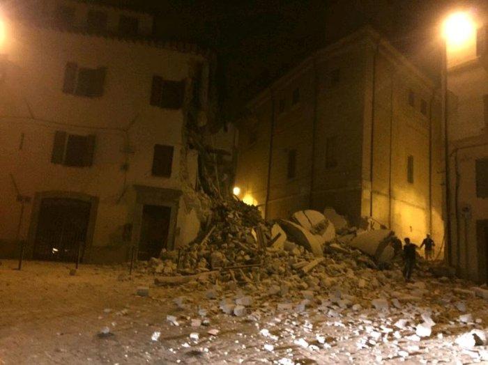 Νύχτα τρόμου στην Ιταλία με αλλεπάλληλους σεισμούς - εικόνα 4