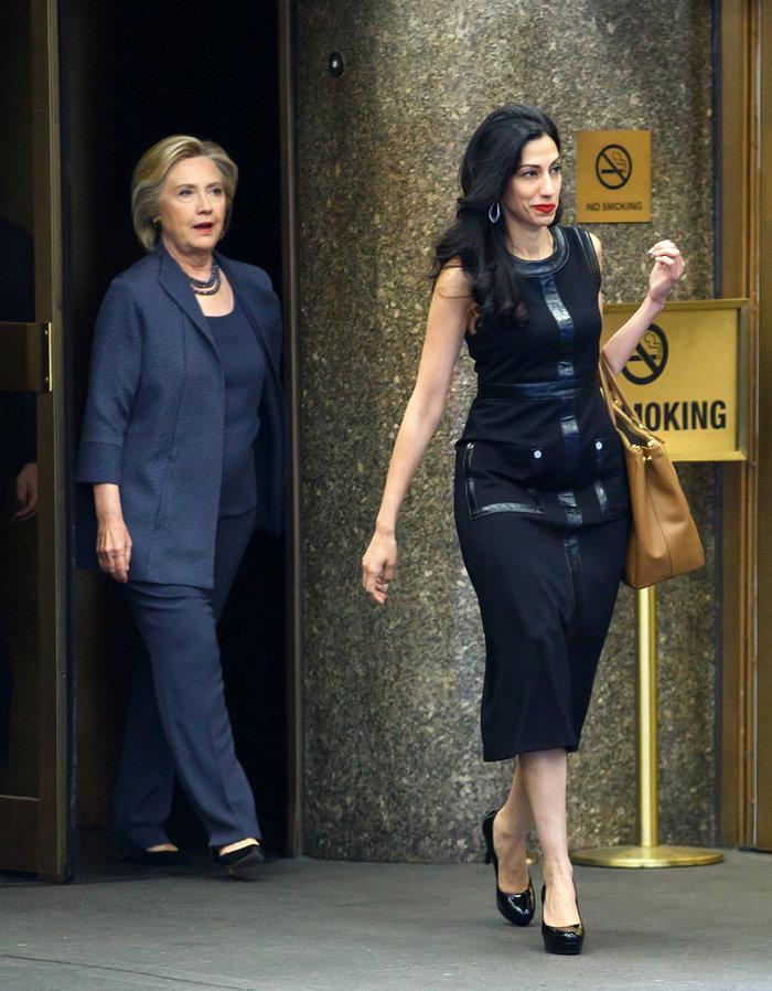 Ούμα Αμπεντίν: Η καλλονή βοηθός της Κλίντον, το σκάνδαλο sexting και το FBI - εικόνα 7