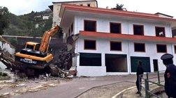 Οι αλβανικές αρχές κατεδαφίζουν σπίτια ομογενών στη Χειμάρρα