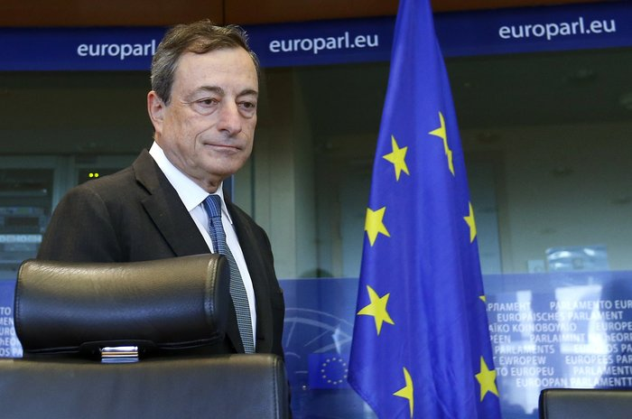Ο (σούπερ) Μάριο Ντράγκι που έσωσε μόνος του το ευρώ