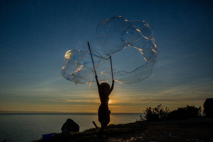 Καλλιτέχνες της .... σαπουνόφουσκας δημιουργούν ονειρικούς κόσμους - εικόνα 6