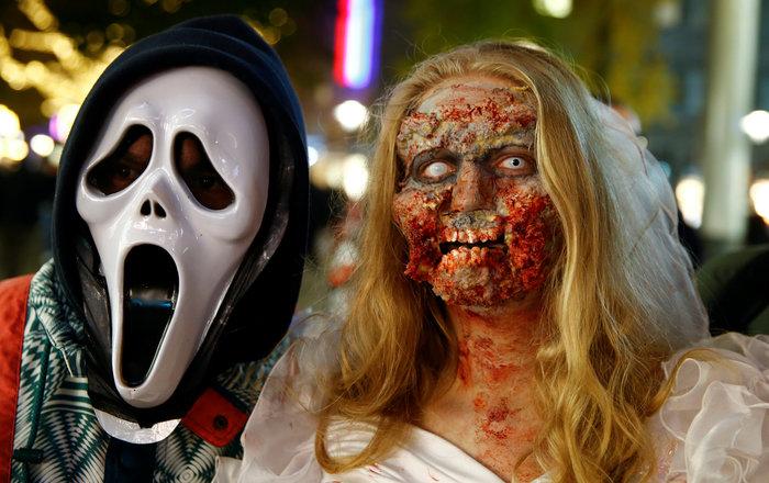 Halloween  α λα Γερμανικά: Τα ζόμπι βγήκαν παγανιά - εικόνα 6