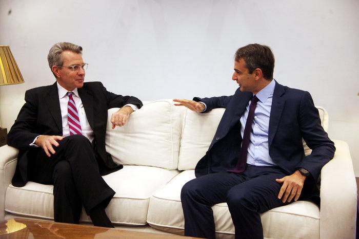 Συνάντηση Μητσοτάκη με τον νέο αμερικανό πρέσβη Τζέφρεϊ Πάιατ