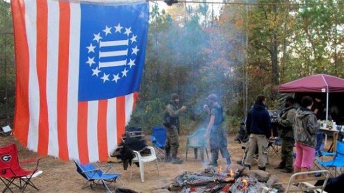 ΗΠΑ: Οργάνωση ξεκίνησε ασκήσεις με όπλα και μάχη σώμα με σώμα