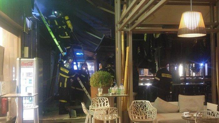 Τέσσερις τραυματίες από τη φωτιά σε πιτσαρία στα Χανιά [ΕΙΚΟΝΕΣ-ΒΙΝΤΕΟ] - εικόνα 3