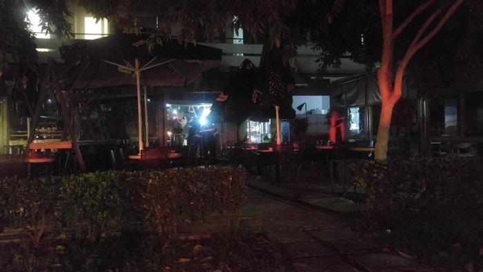 Τέσσερις τραυματίες από τη φωτιά σε πιτσαρία στα Χανιά [ΕΙΚΟΝΕΣ-ΒΙΝΤΕΟ] - εικόνα 4