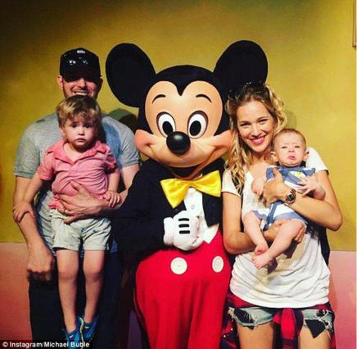 Βαρύ χτύπημα για νεαρό διάσημο ζευγάρι & τον 3χρονο γιο τους - εικόνα 3