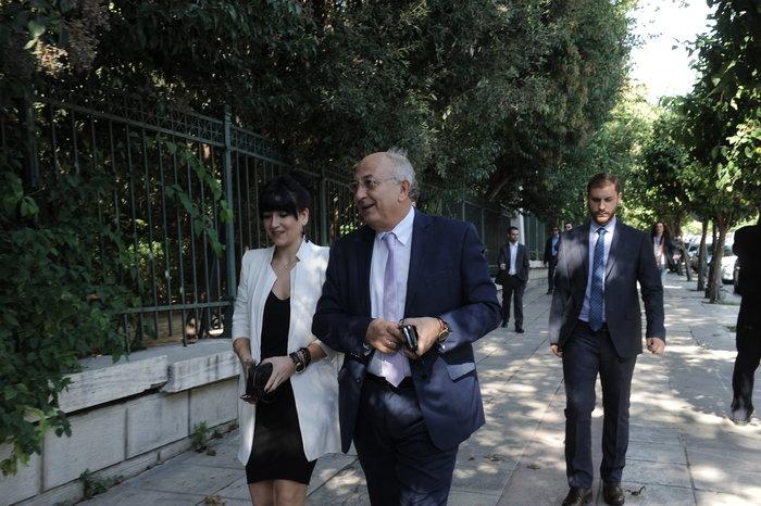 Η ορκωμοσία της νέας κυβέρνησης. Πηγαδάκια & δηλώσεις υπουργών - εικόνα 11