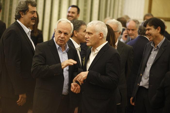 Η ορκωμοσία της νέας κυβέρνησης. Πηγαδάκια & δηλώσεις υπουργών - εικόνα 5