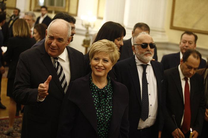 Η ορκωμοσία της νέας κυβέρνησης. Πηγαδάκια & δηλώσεις υπουργών - εικόνα 8