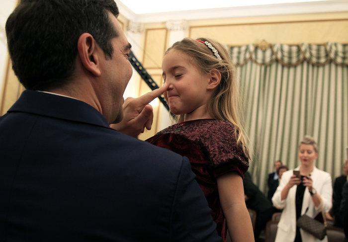 Oι αγκαλιές & οι selfies στο Προεδρικό Mέγαρο - εικόνα 4