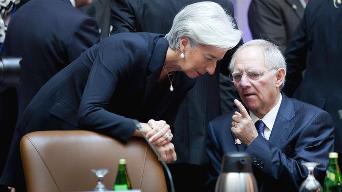 H διευθύντρια του ΔΝΤ Κριστίν Λαγκάρντ με τον γερμανό ΥΠΟΙΚ Βόλφγκανγκ Σόιμπλε.