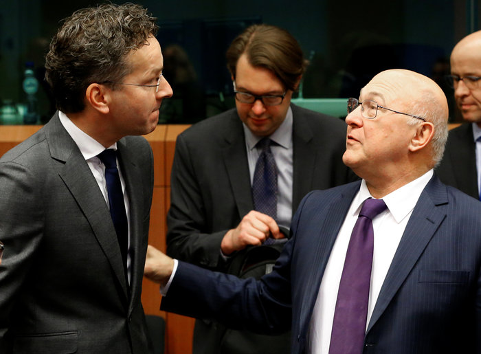 Bloomberg: Το Eurogroup «κούρεψε» τις ελπίδες του Τσίπρα για το χρέος