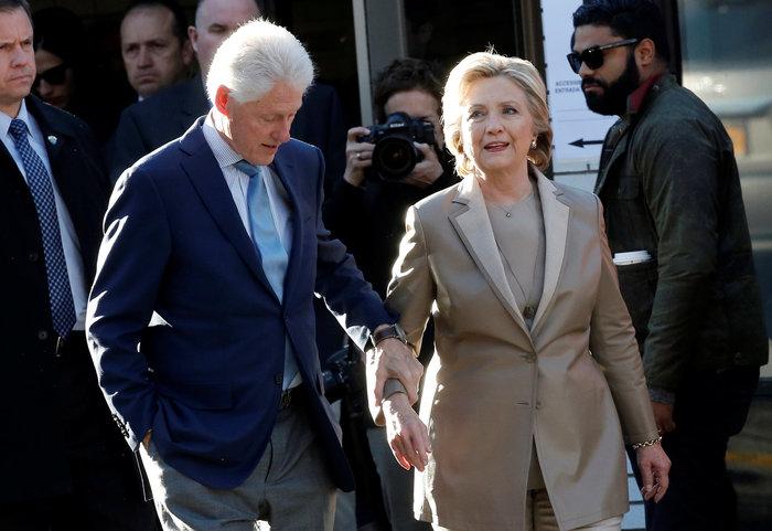 Ψήφισε η Χίλαρι Κλίντον-Δείτε φωτογραφίες και βίντεο
