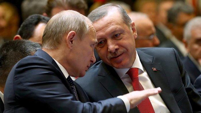 Αναλυτές συγκλίνουν στο ότι υπό την διοίκηση Τραμπ είναι πιθανή μια έντονη κινητικότητα στο τρίγωνο Μόσχας - Ουάσιγκτον - Τουρκίας