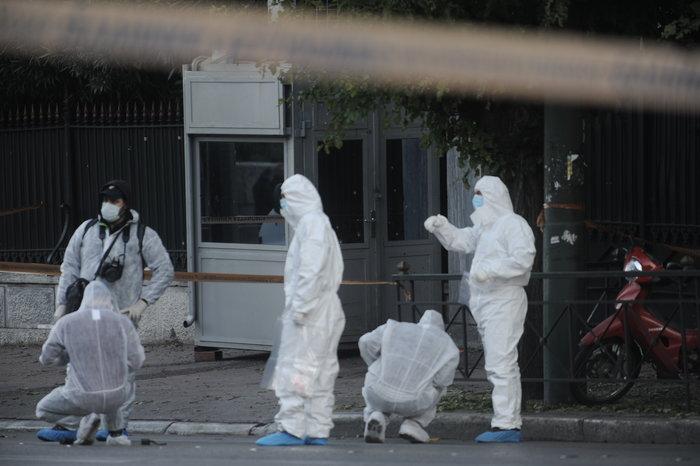 Επίθεση με χειροβομβίδα στη γαλλική πρεσβεία-τραυματίστηκε αστυνομικός