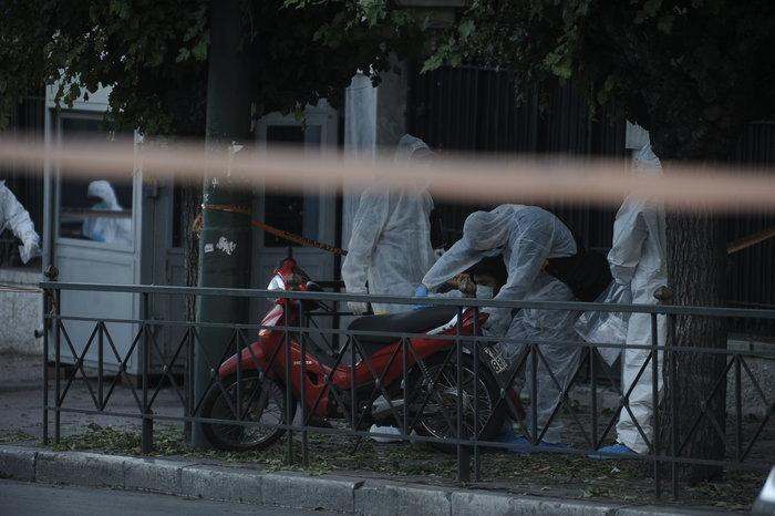 Επίθεση με χειροβομβίδα στη γαλλική πρεσβεία-τραυματίστηκε αστυνομικός - εικόνα 4