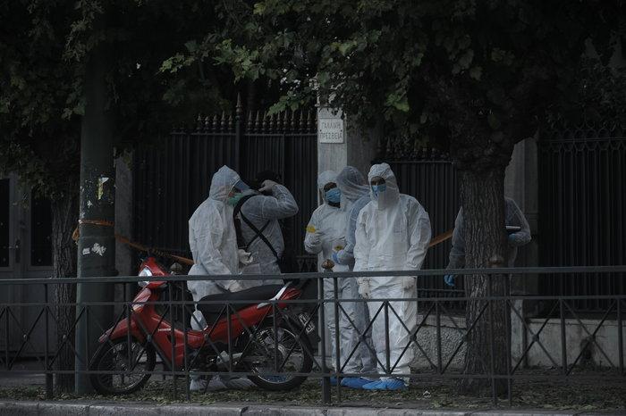 Επίθεση με χειροβομβίδα στη γαλλική πρεσβεία-τραυματίστηκε αστυνομικός - εικόνα 6