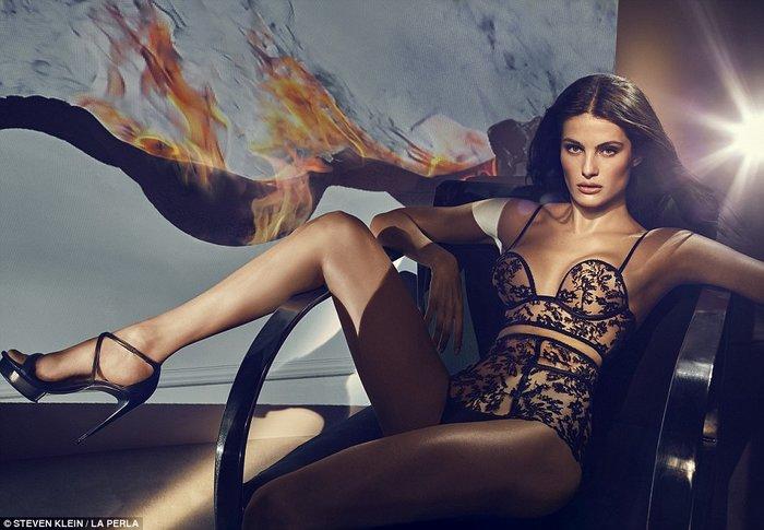 Η Κένταλ Τζένερ πρωταγωνιστεί σε φεμινιστική διαφήμιση εσωρούχων - εικόνα 2
