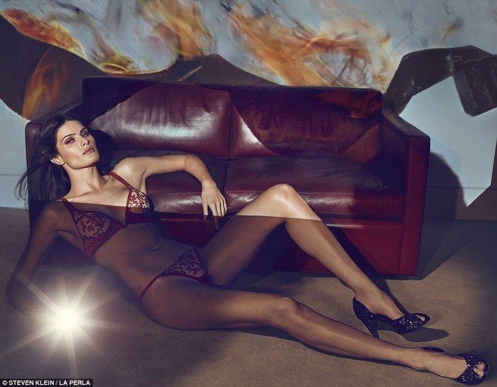 Η Κένταλ Τζένερ πρωταγωνιστεί σε φεμινιστική διαφήμιση εσωρούχων - εικόνα 4