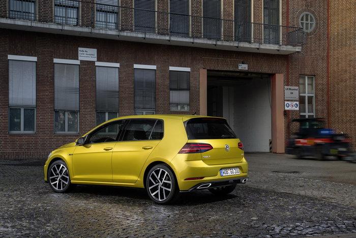 Αυτό είναι το Golf του 2017 που μόλις αποκάλυψε η VW