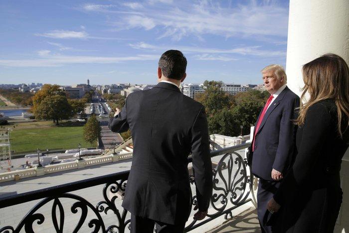 Καρέ - καρέ η πρώτη εμφάνιση της Μελάνια Τραμπ στον Λευκό Οίκο - εικόνα 5