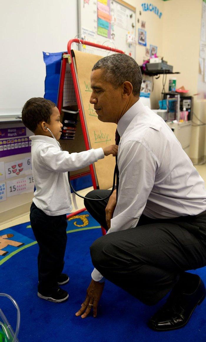 Οι 30 πιο απρόβλεπτες φωτογραφίες του Μπαράκ Ομπάμα - εικόνα 11