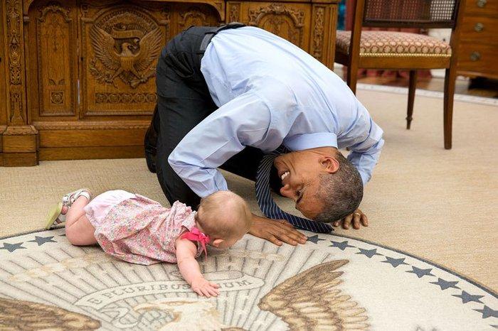 Οι 30 πιο απρόβλεπτες φωτογραφίες του Μπαράκ Ομπάμα - εικόνα 14