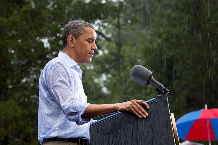 Οι 30 πιο απρόβλεπτες φωτογραφίες του Μπαράκ Ομπάμα - εικόνα 18
