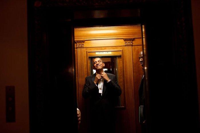 Οι 30 πιο απρόβλεπτες φωτογραφίες του Μπαράκ Ομπάμα - εικόνα 24