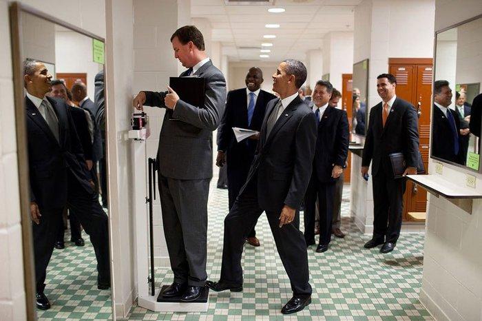 Οι 30 πιο απρόβλεπτες φωτογραφίες του Μπαράκ Ομπάμα - εικόνα 25