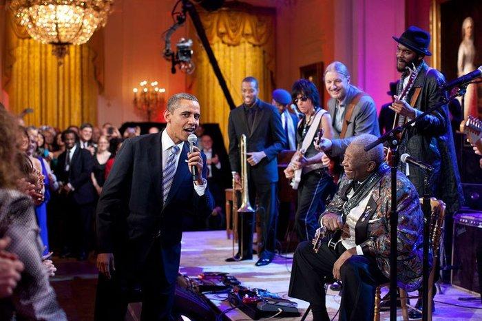 Οι 30 πιο απρόβλεπτες φωτογραφίες του Μπαράκ Ομπάμα - εικόνα 26