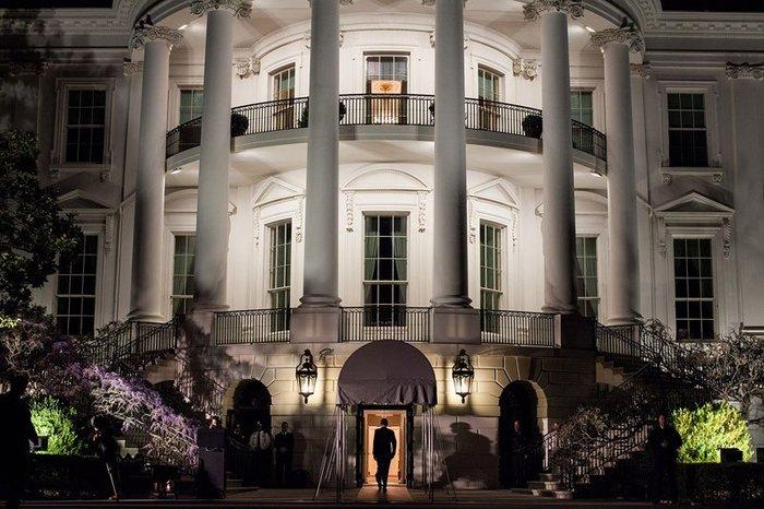 Οι 30 πιο απρόβλεπτες φωτογραφίες του Μπαράκ Ομπάμα - εικόνα 28