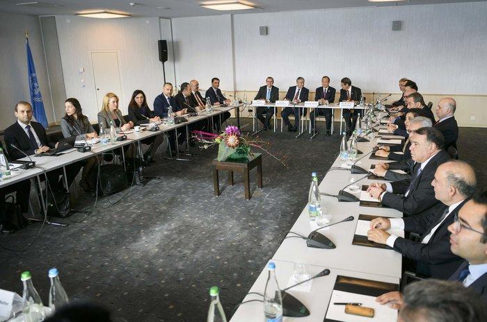 Φωτογραφία από τις συζητήσεις στο Μοντ Πελεράν της Ελβετίας