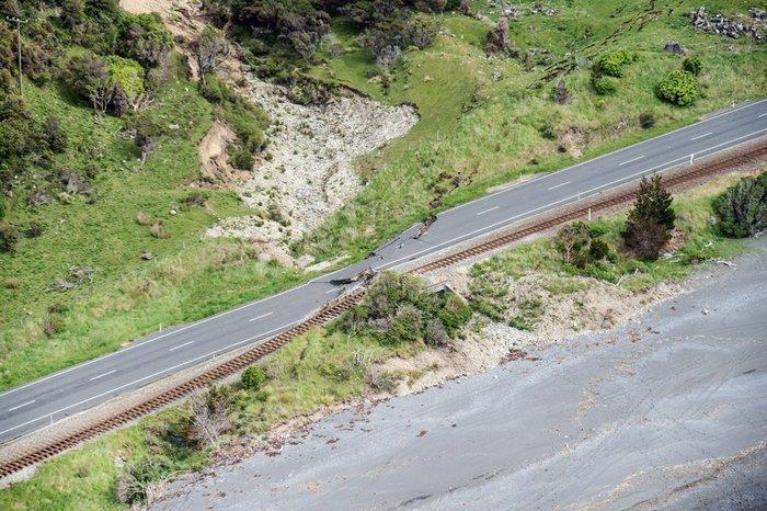 ν ζηλανδια News: Εικόνες βιβλικής καταστροφής στη Ν.Ζηλανδία από τα 7,8R