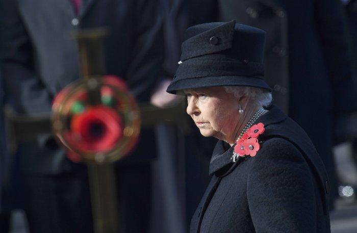 Θλιμμένη και ντυμένη στα μαύρα η Δούκισσα του Κέιμπριτζ [Εικόνες] - εικόνα 7