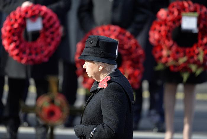 Θλιμμένη και ντυμένη στα μαύρα η Δούκισσα του Κέιμπριτζ [Εικόνες] - εικόνα 11
