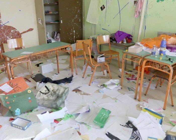 Γιαλιά καρφιά σε σχολείο στο Ηράκλειο της Κρήτης - φωτό -