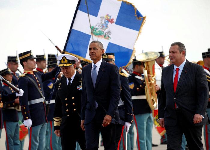 Ο Ομπάμα στην Αθήνα: Καρέ καρέ η άφιξη του 44ου Προέδρου της Αμερικής - εικόνα 8