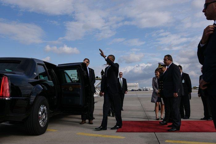 Ο Ομπάμα στην Αθήνα: Καρέ καρέ η άφιξη του 44ου Προέδρου της Αμερικής - εικόνα 11