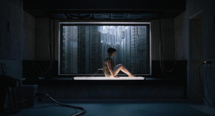 Αγνώριστη η Σκάρλετ Γιόχανσον στη νέα της ταινία ως άνθρωπος - ρομπότ - εικόνα 2