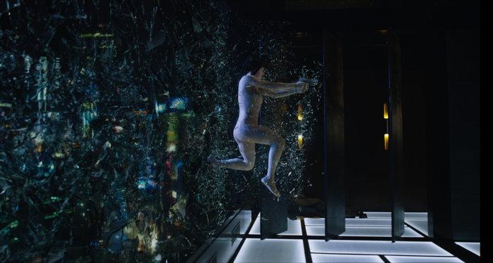 Αγνώριστη η Σκάρλετ Γιόχανσον στη νέα της ταινία ως άνθρωπος - ρομπότ - εικόνα 3