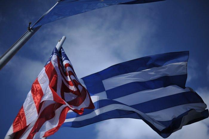 «Η οικονομία δεν αντέχει άλλη λιτότητα. Η ουσιαστική απομείωση του χρέους και η ένταξη στο πρόγραμμα ποσοτικής χαλάρωσης είναι όσα δικαιούται η Ελλάδα», τόνισε ο πρωθυπουργός Αλέξης Τσίπρας